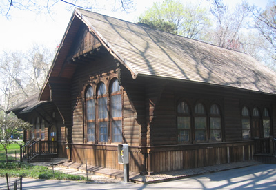 At the Central Park Swedish Cottage Marionette Theater – Neverland: Peter Returns