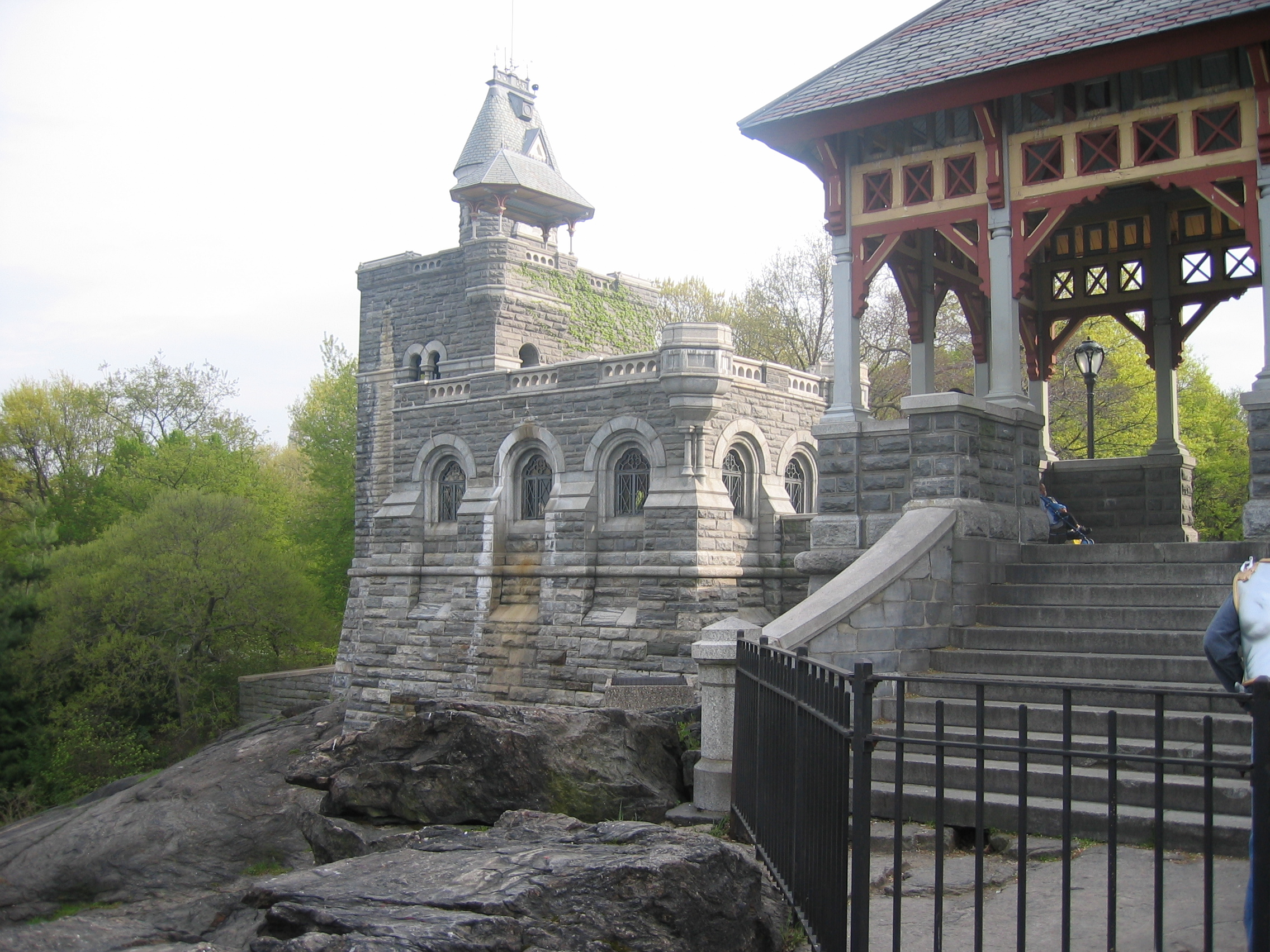 Top 10 greatest places in central park central park for Best places to go in central park